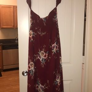 Flowy sundress with off the shoulder sleeves